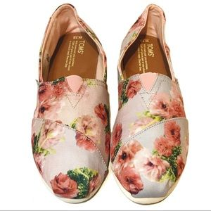 Toms size 10 pink green floral slip on shoes W10